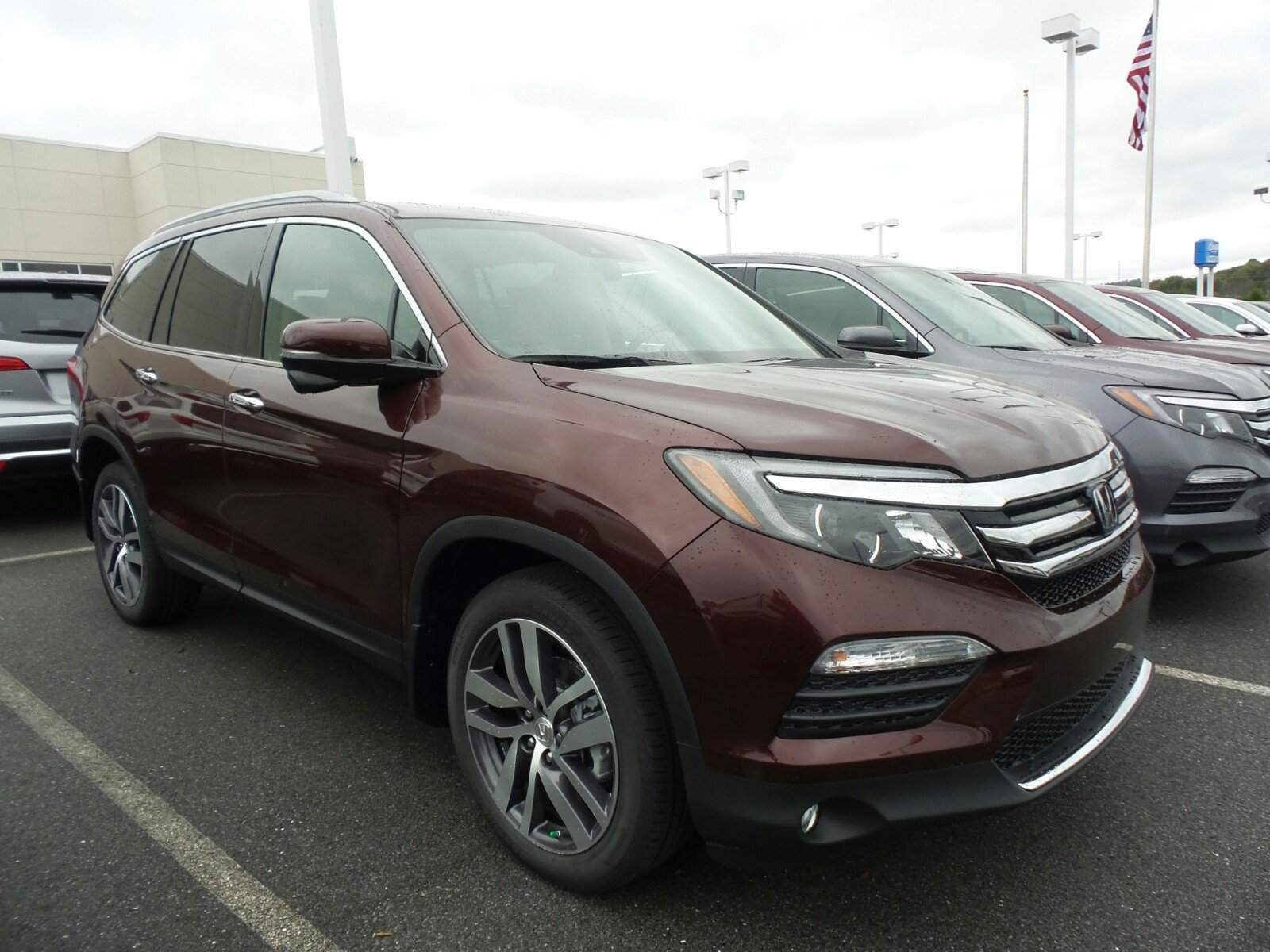 new 2017 honda pilot touring sport utility in indiana pa 57631 delaney honda. Black Bedroom Furniture Sets. Home Design Ideas