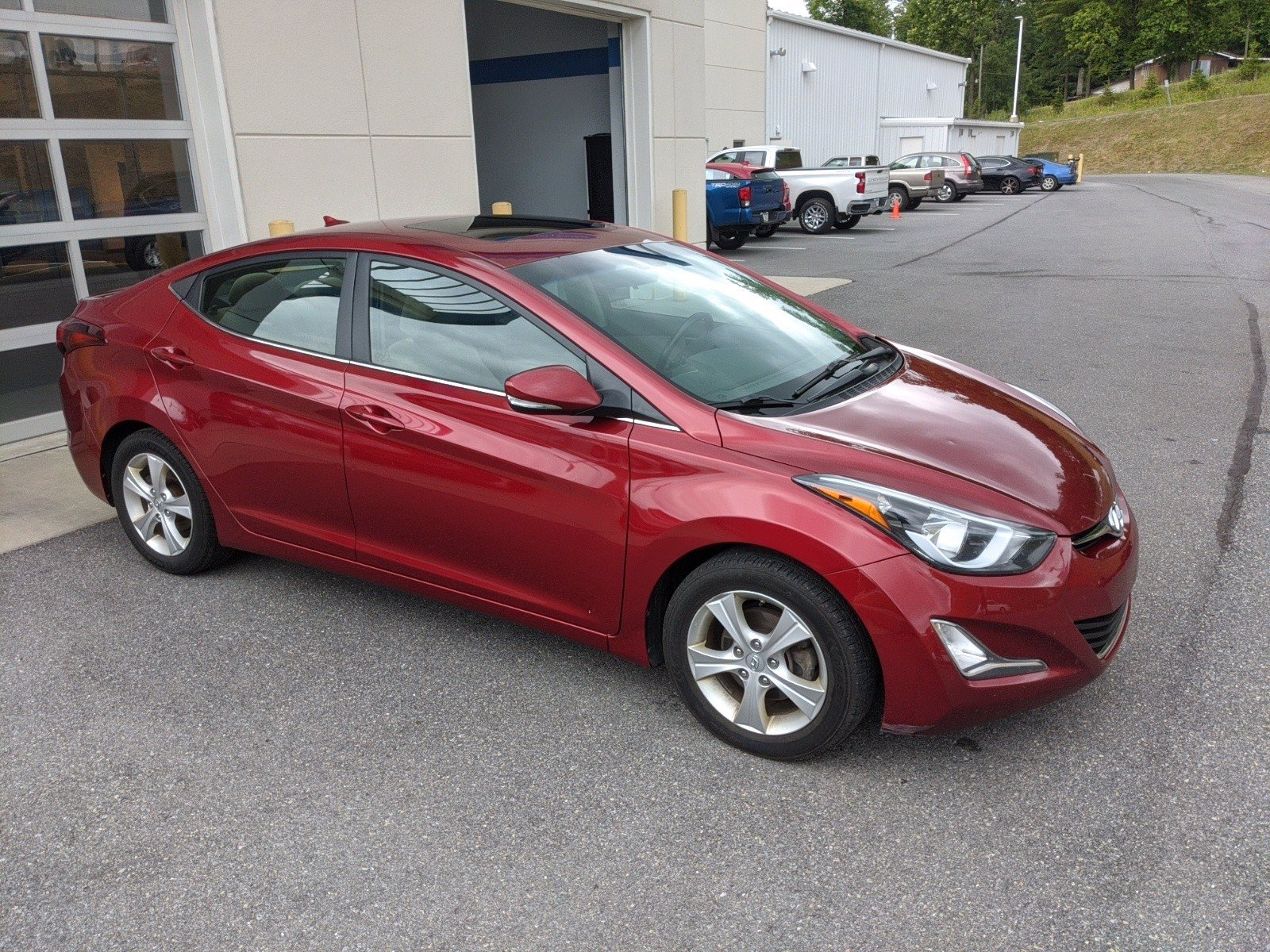 Pre-Owned 2016 Hyundai Elantra Value Edition